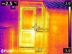 AE warmtescans warmtebeeldcamera infrarood isolatie buiten voordeur